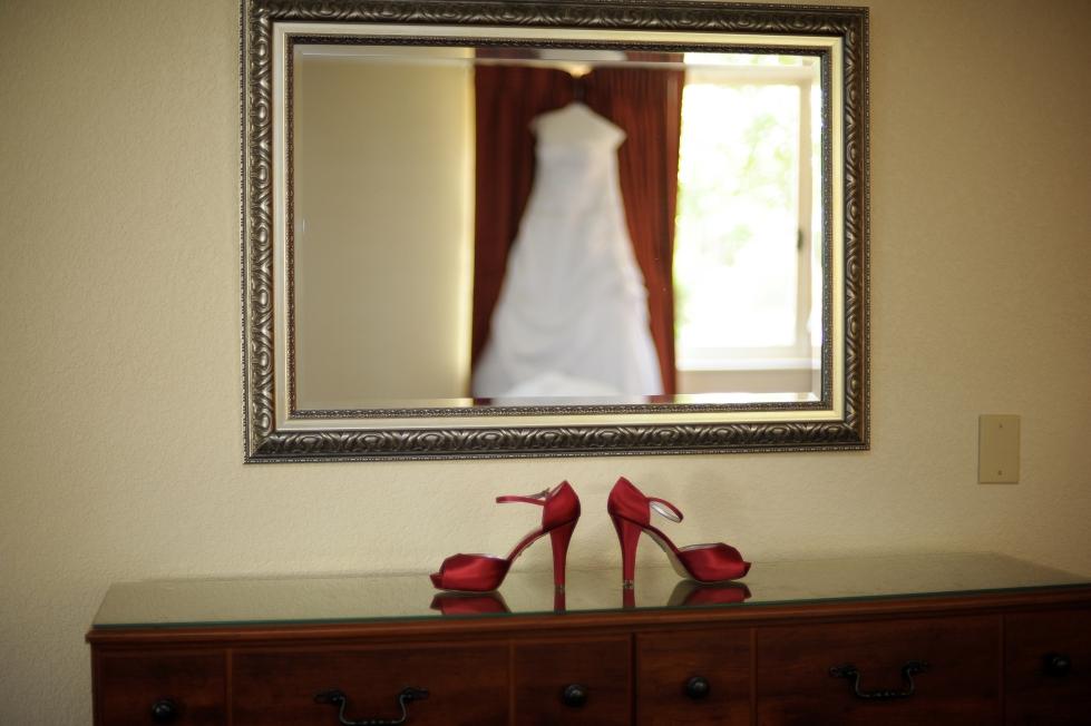{Kernersville, NC Wedding Photographer, Winston Salem Wedding Photography}Villiage Inn Wedding Photography www.shannaduffy (6)287